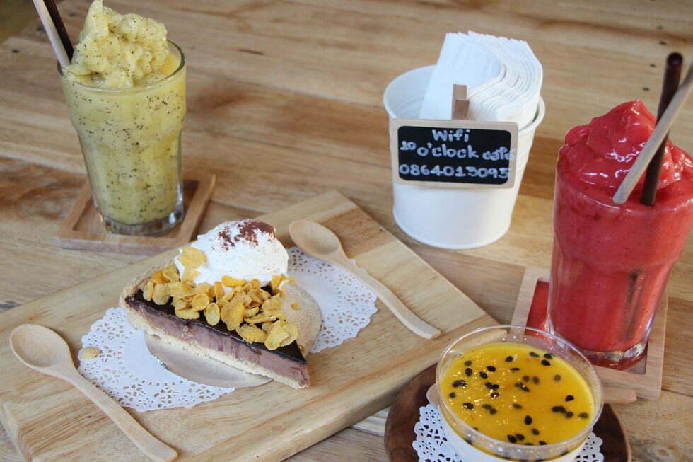 10 O'Clock Café - Restaurants Kanchanaburi