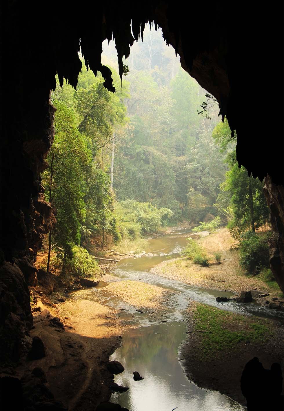 Lod Cave Mae Hong Son