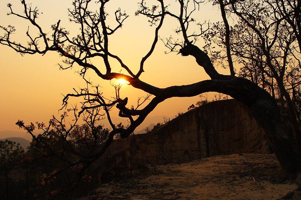 Pai Canyon zonsondergang zon boom