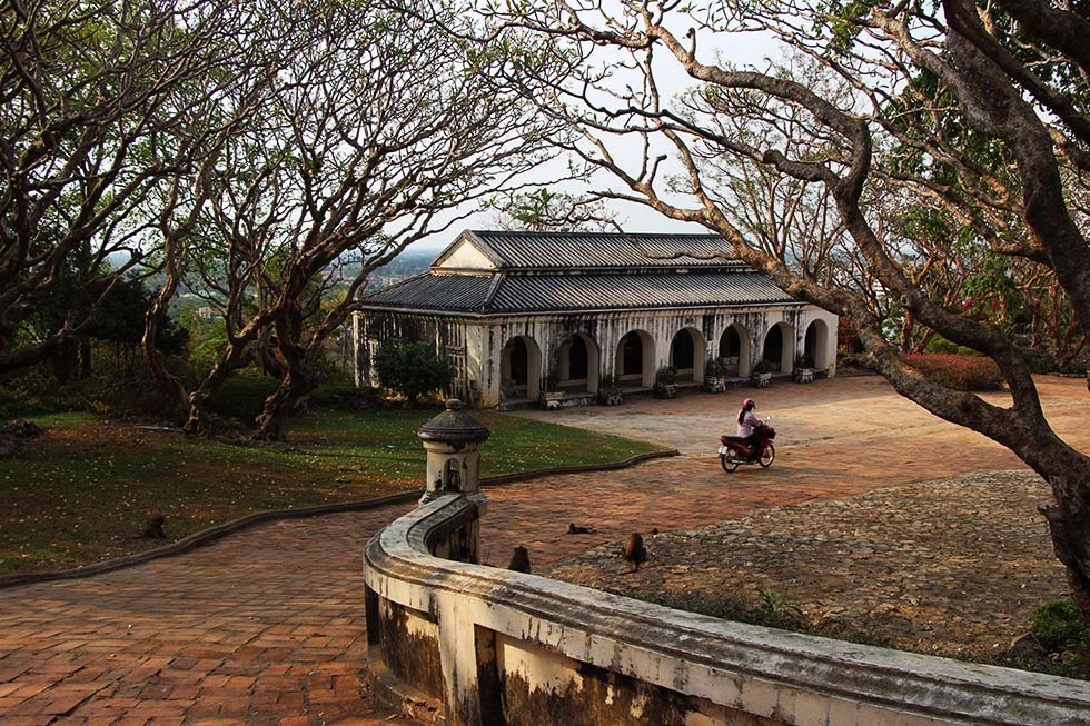 Petchaburi Historical Park Scooter