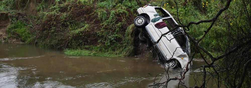 Reisverzekering Thailand - In Nieuw-Zeeland sloeg onze auto over de kop en kwam tot stilstand in een rivier...