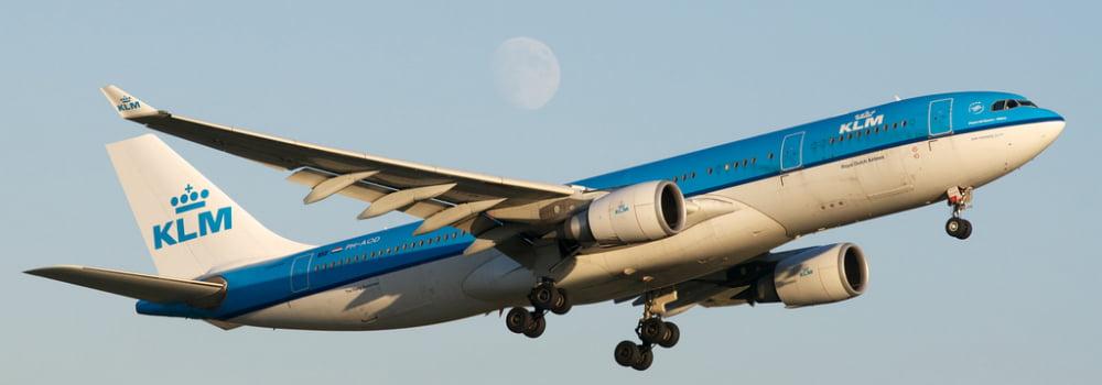 KLM vliegtuig - reisbudget Thailand