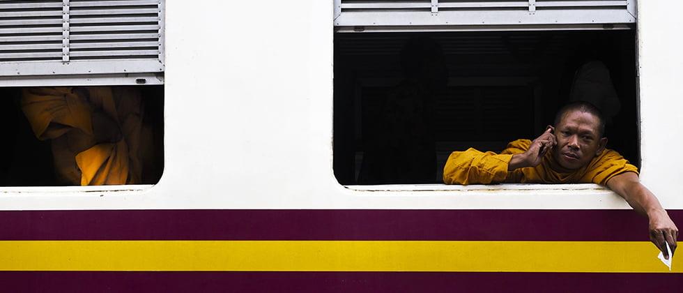 Monnik in trein