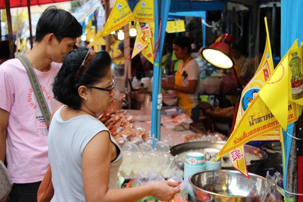 Vegetarian-Food-Festival-Thailand6