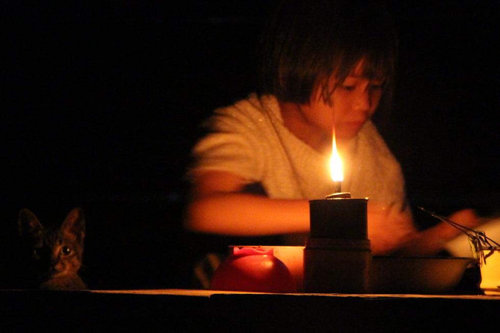 Leven zonder elektriciteit in Thung Yai