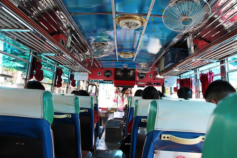 Een lokale bus in Thailand
