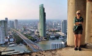Gratis dingen doen in Bangkok - Sathorn beklimmen - Foto: justonewayticket.com