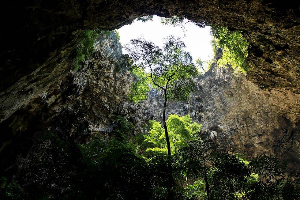 Zonlicht in de grot