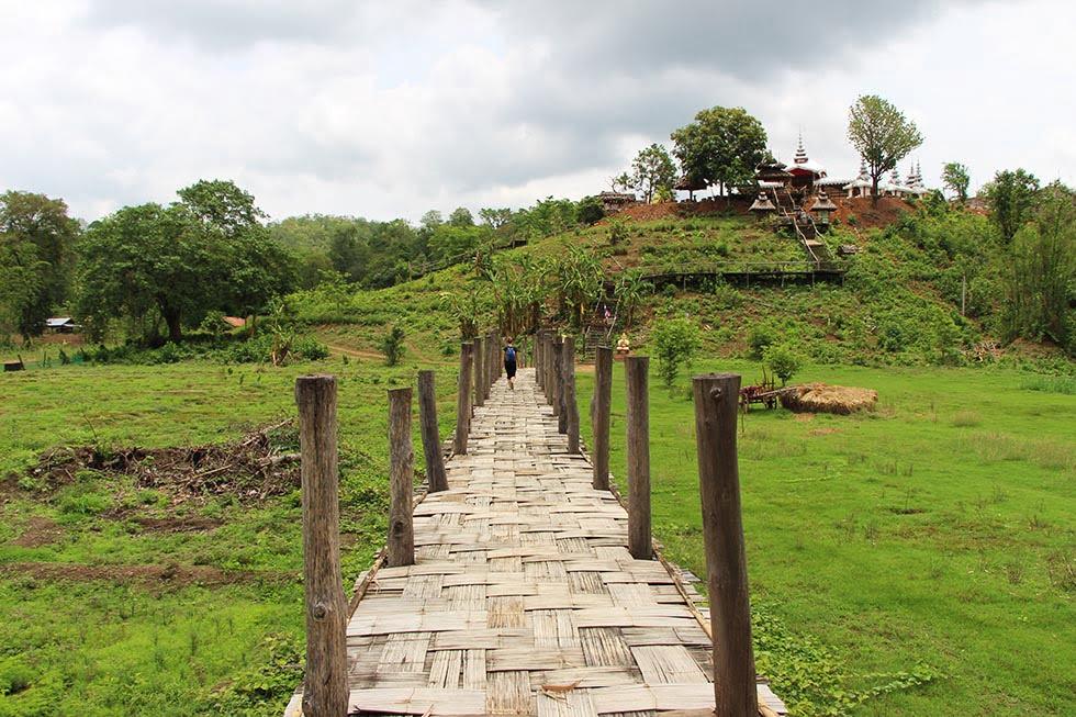 Su Tong Pae in Mae Hong Son Bamboo Brug