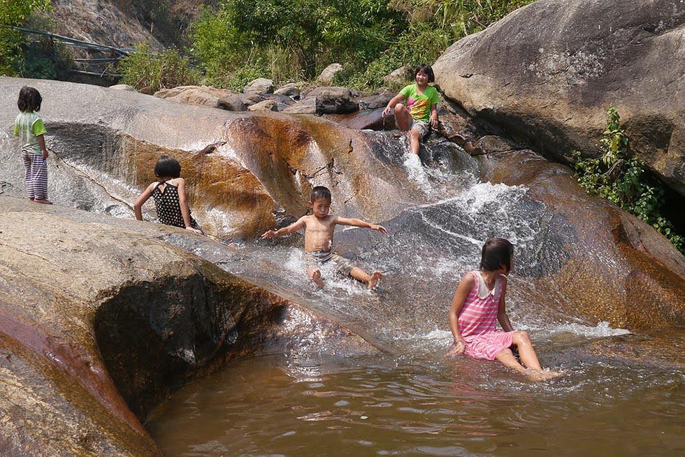 Mp Paeng Waterval Pai kinderen