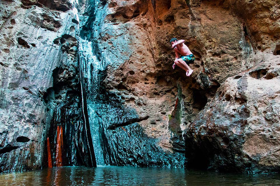 Pambok Waterval Pai Jump