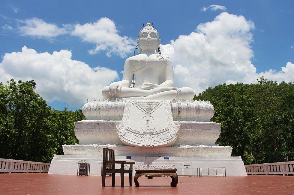 De witte Boeddha - Mae Yen Tempel in Pai