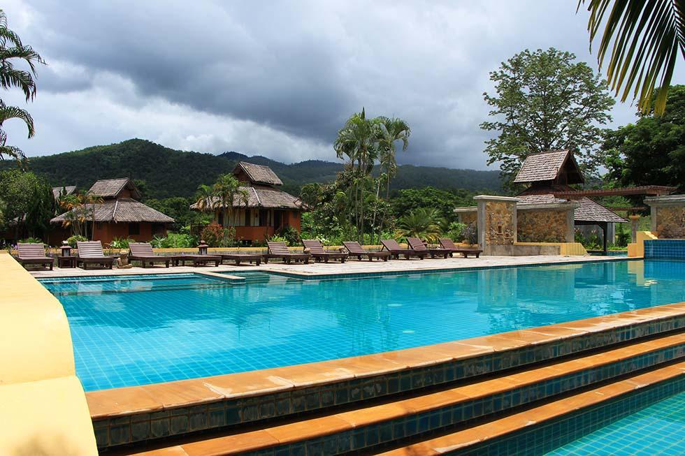 Hot Springs Pai Resort
