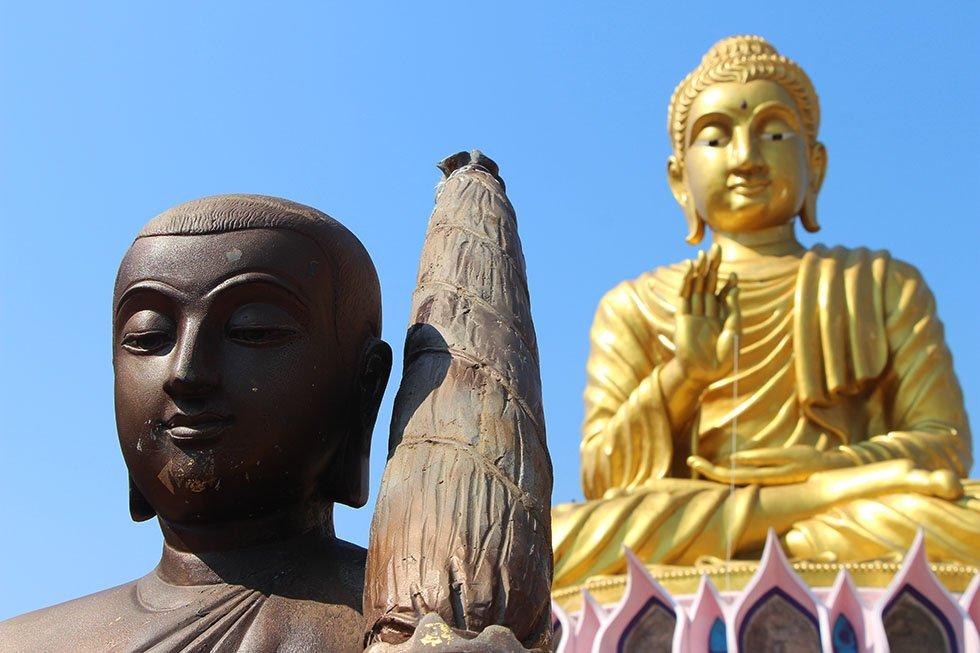 Gouden Boeddha bij Wat Samphran