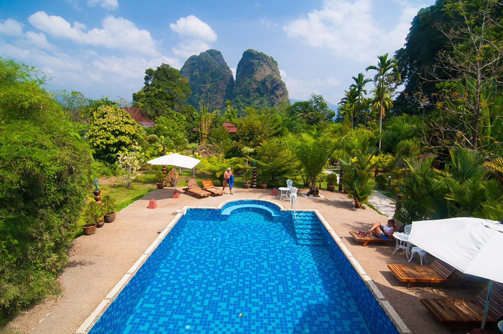 Hotel-Khao-Sok-Spa-pool