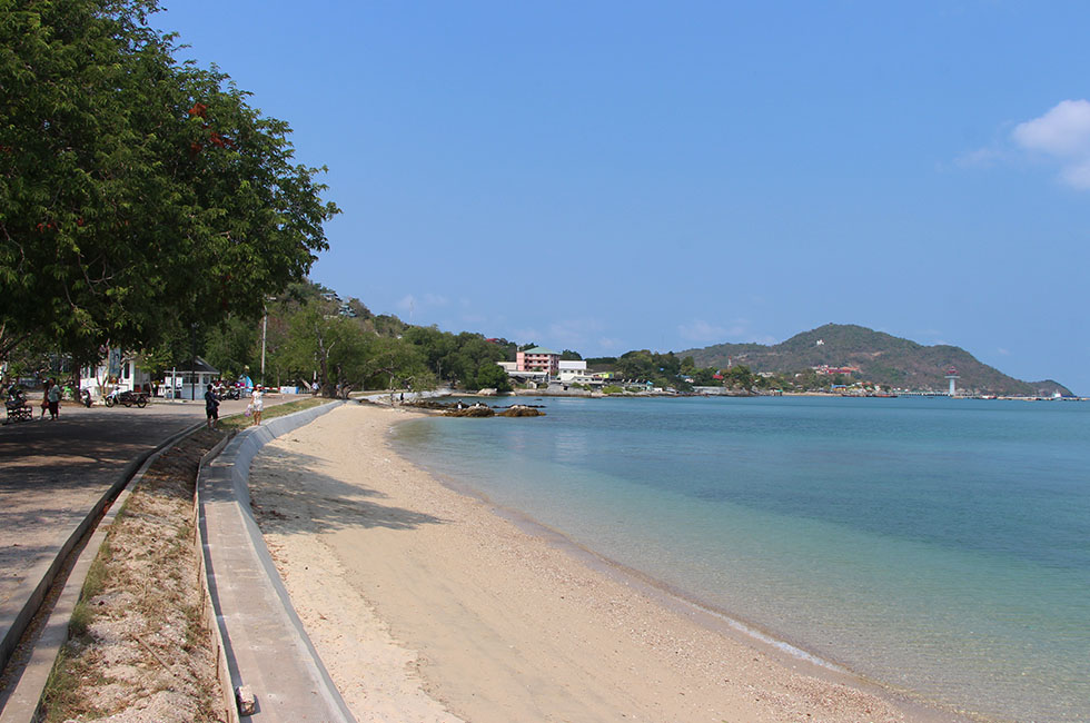 Royal Palace strand Koh Si Chang