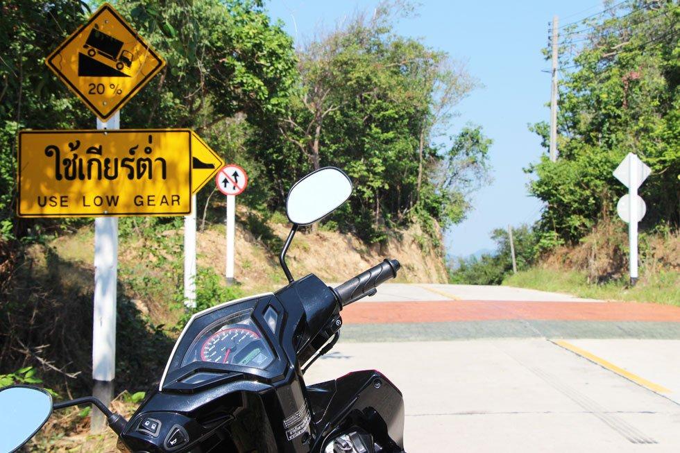Scooter rijden op Koh Samet