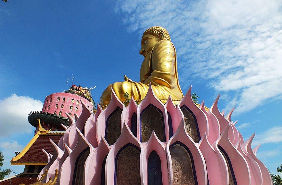 Wat Samphran - Gouden Boeddha