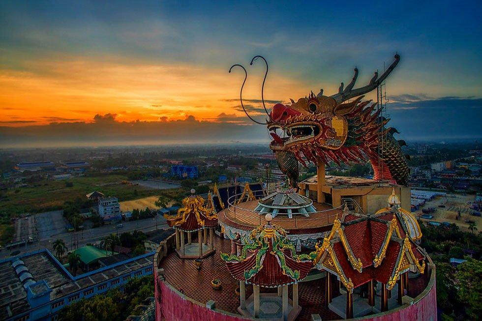 Wat Samphran - Grant Cameron2
