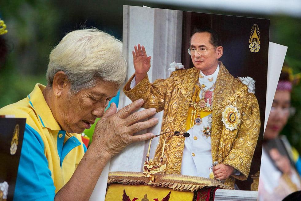 overlijden-koning-thailand2