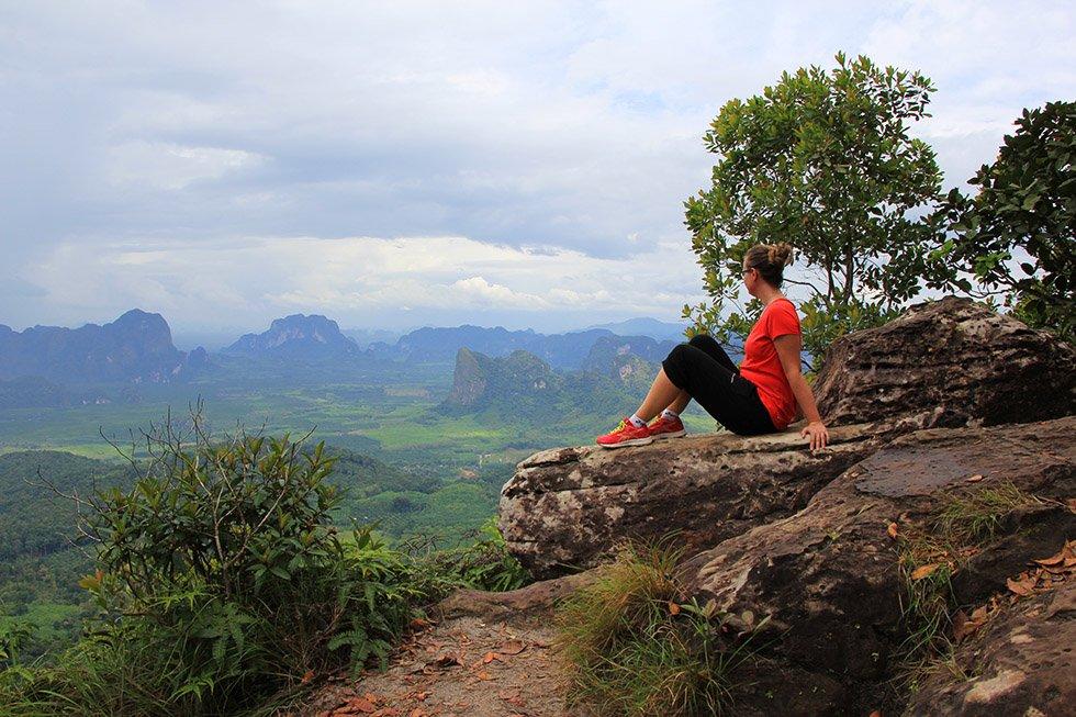 Hiken bij het Khao Ngon Nak Viewpoint in Krabi