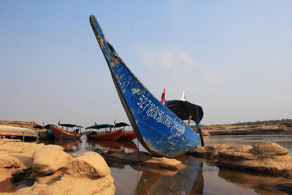 Longtailboten bij Sam Phan Bok