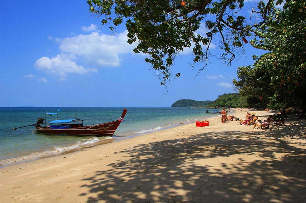 Rustig strand op Koh Jum