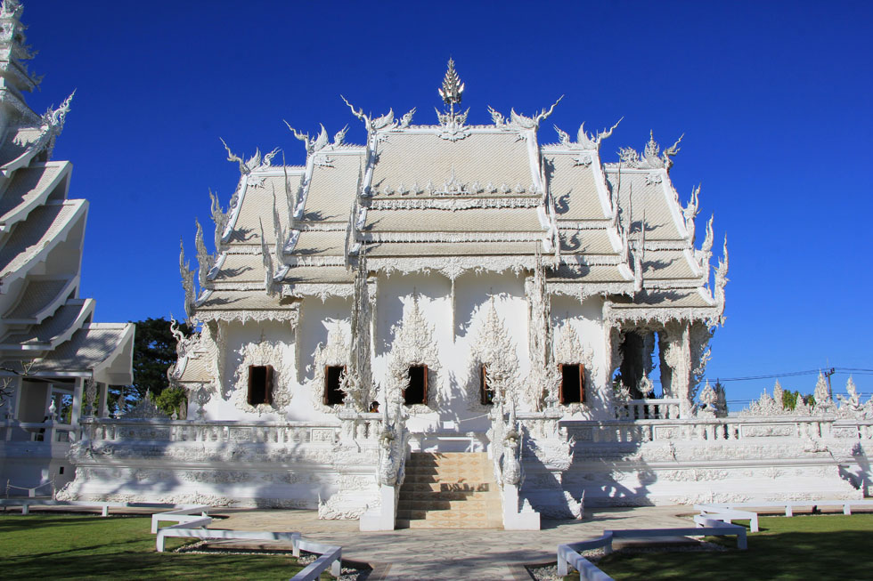 Wat Rong Khun, de Witte Tempel in Chiang Rai