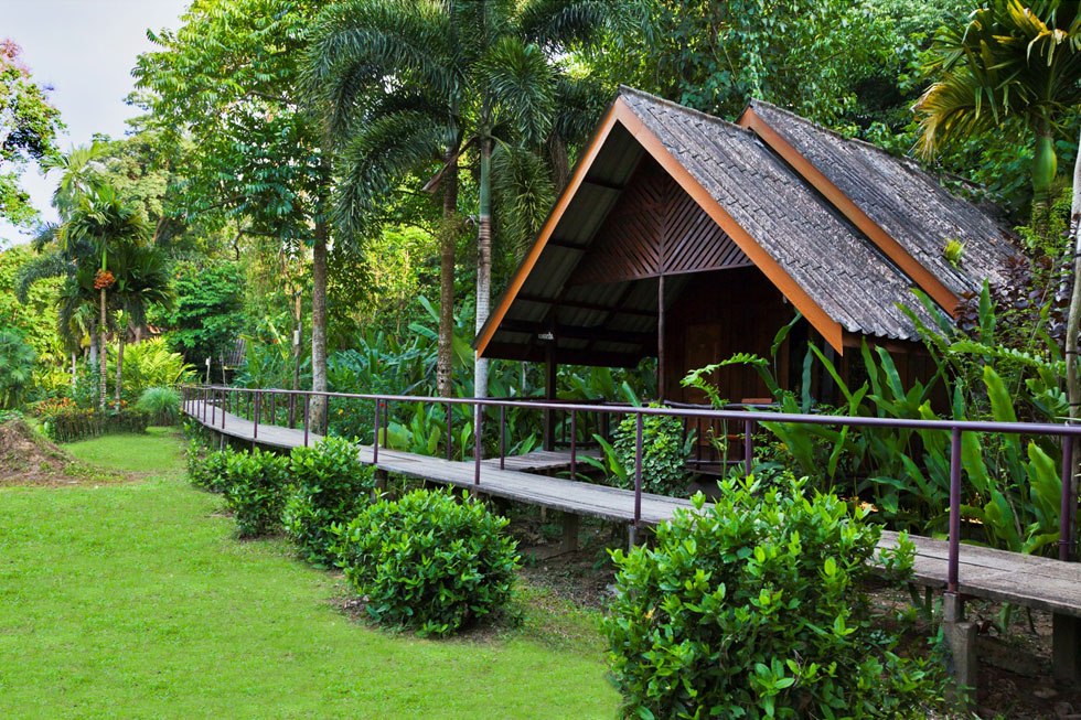 Khaosok Riverside Cottages in Khao Sok National Park