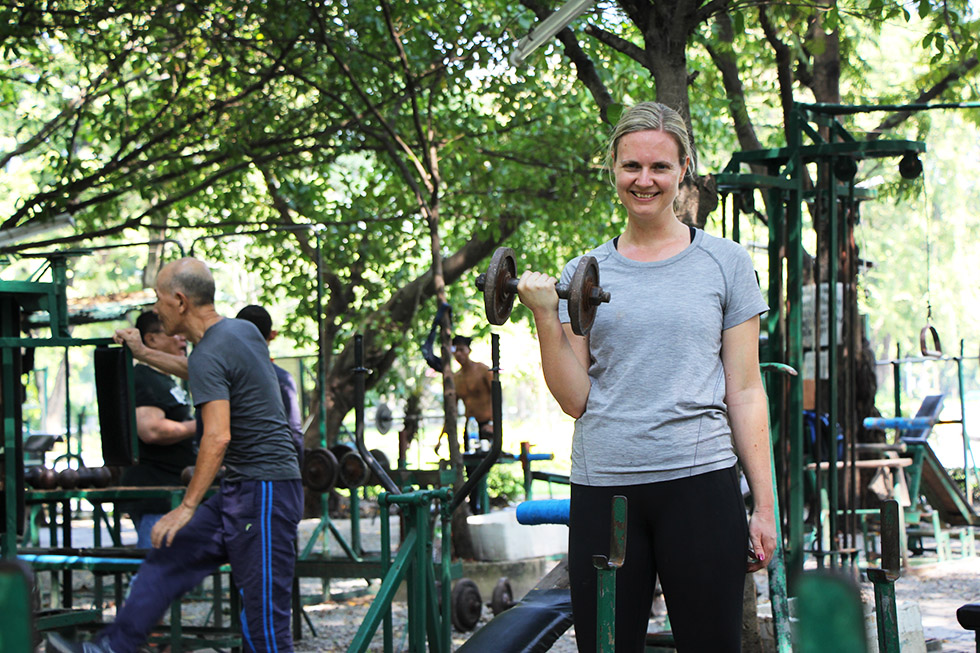 Mariska in de 'ghetto gym' van Lumphini Park