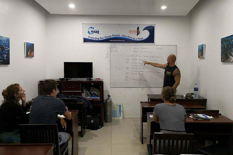 Klaslokaal Ban's Diving Resort