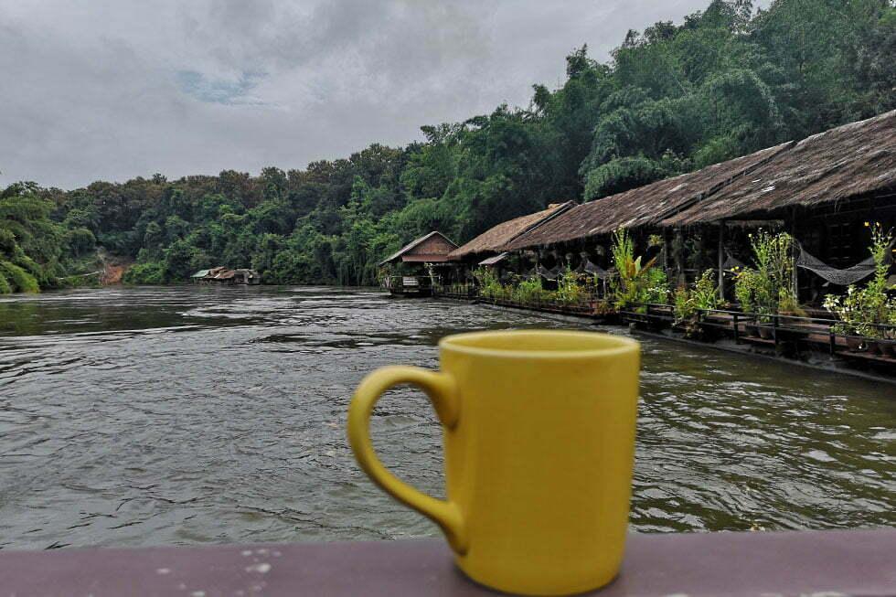 Floathotel op de River Kwai