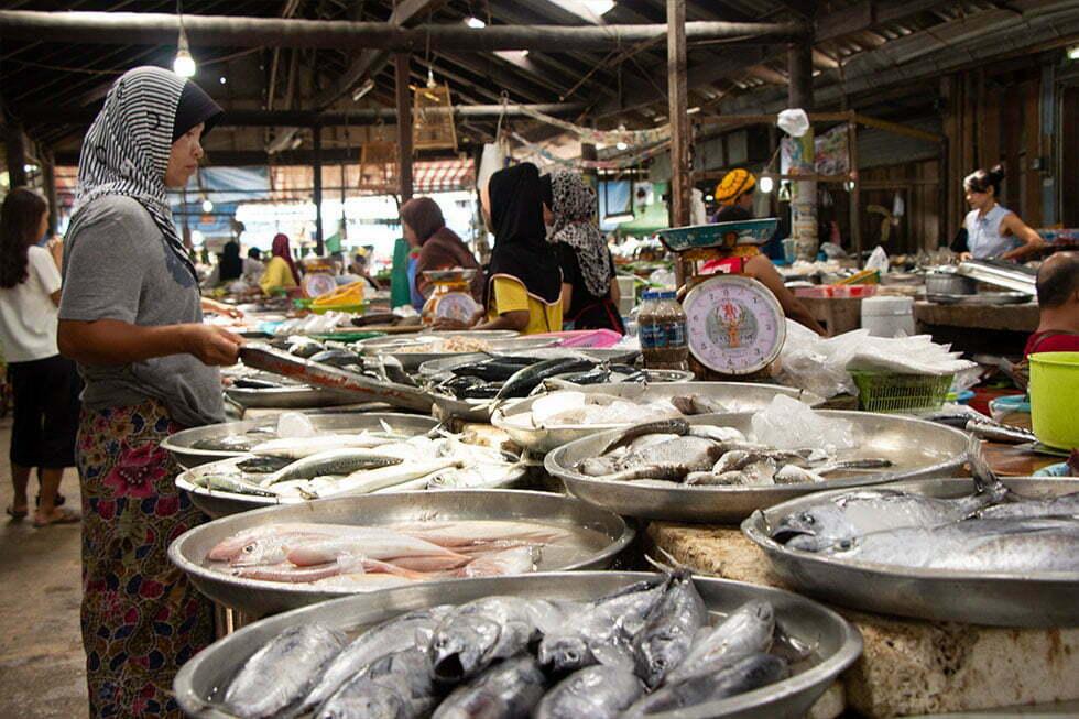 Hua Thanon Market