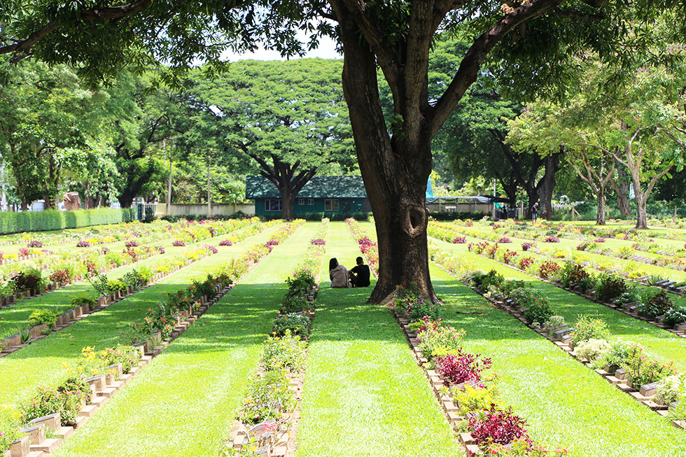 Kanchanaburi War Cemetery in Kanchanaburi