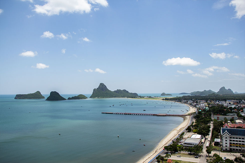 Uitzicht over Prachuap Khiri Khan