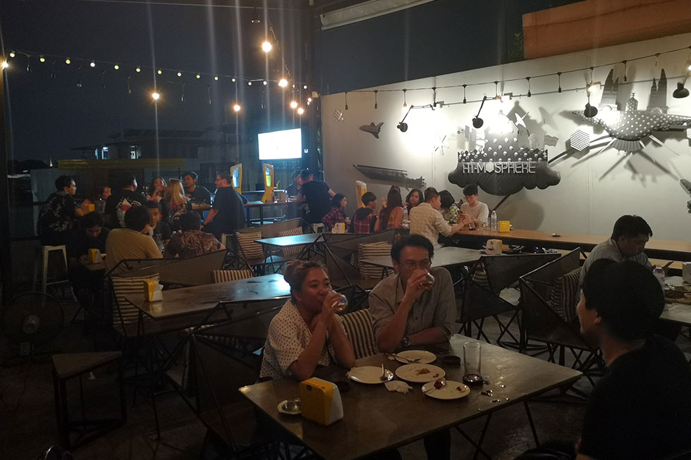 At-Mosphere Rooftop Cafe in Bangkok
