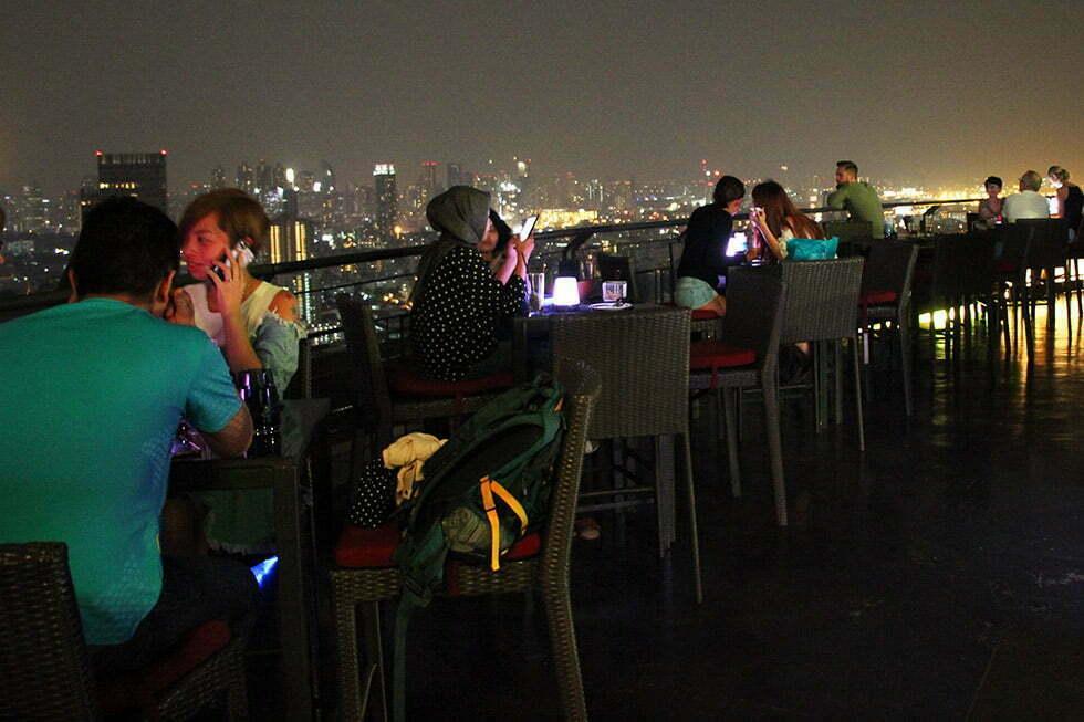 ZOOM Sky Bar & Restaurant in Bangkok