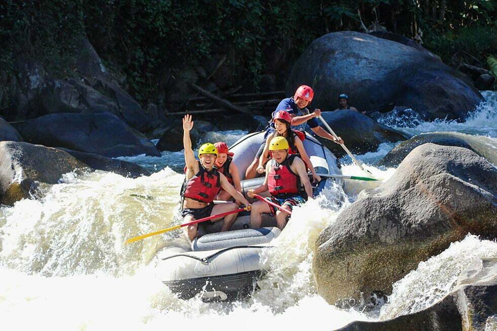 de wilde Mae Taeng rivier