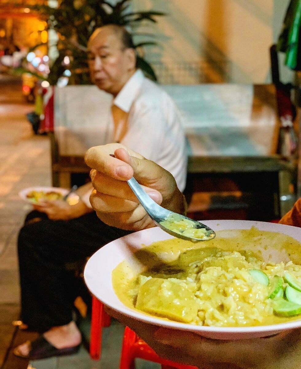 Jek Pui Curry - Streetfood in Chinatown, Bangkok