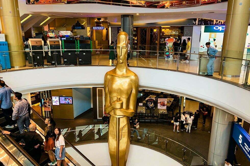 Hollywood Oscar Terminal 21