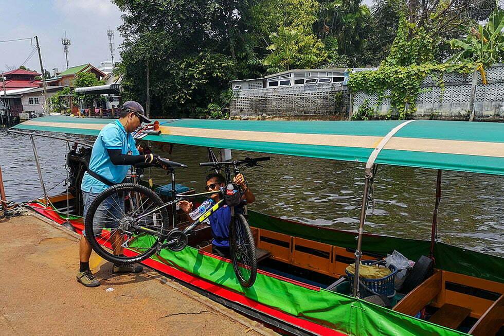 Fietsen op de boot