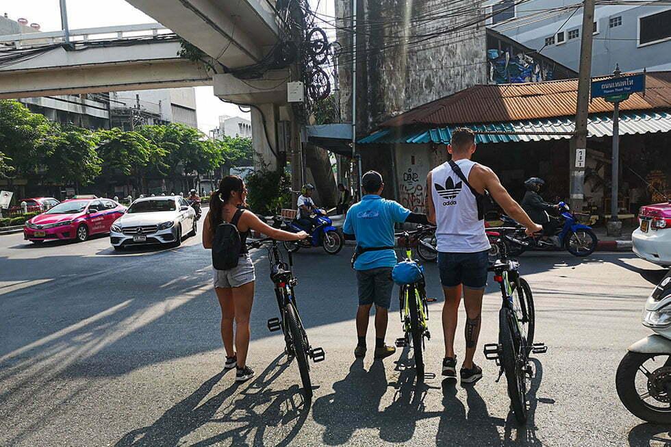 Oversteken in Bangkok